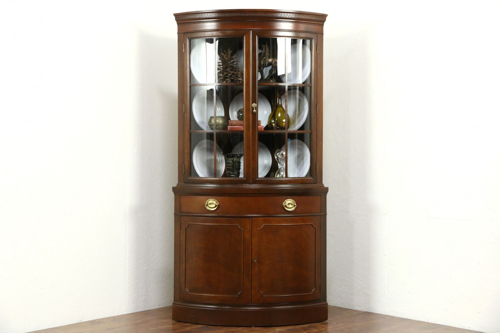 70+ Curved Glass Corner Cabinet - Kitchen Counter top ...