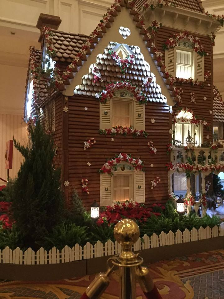 disneys 2015 grand floridians gingerbread house is now open