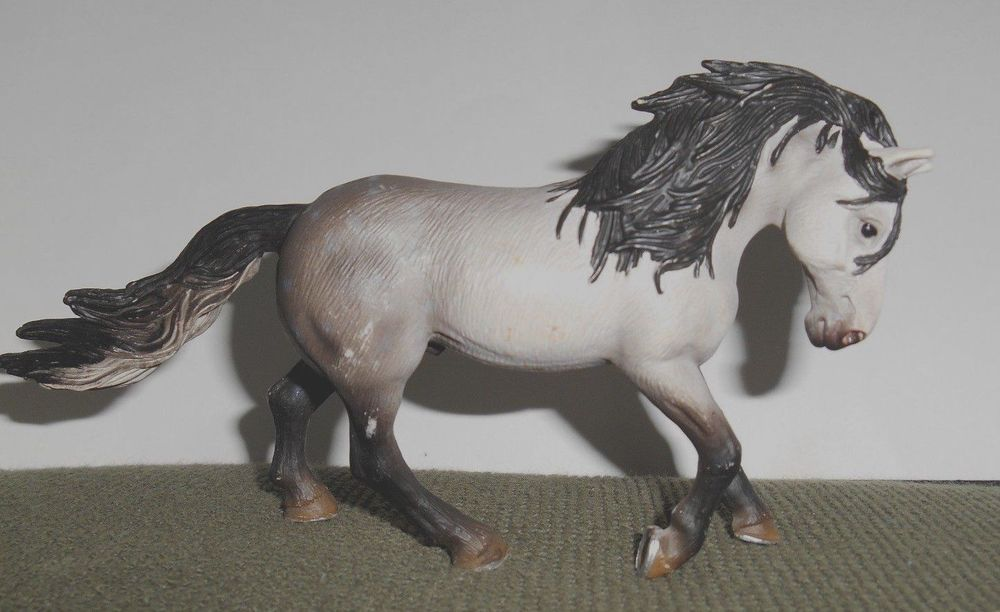 2005 retired schleich germany grey andalusian horse gray. Black Bedroom Furniture Sets. Home Design Ideas