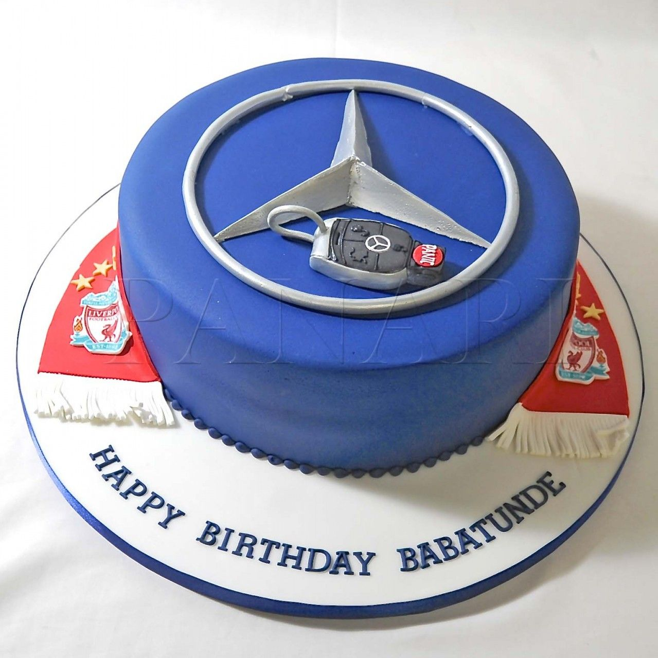 Blue benz logo with key mercedes benz cake 7th birthday for Mercedes benz cake design