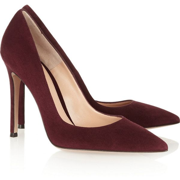 Gianvito Rossi Suede pumps ($675) ❤ liked on Polyvore featuring shoes, pumps, heels, sapatos, slip on shoes, heels & pumps, pointed toe shoes, slipon shoes and gianvito rossi pumps