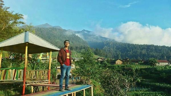 Bukit Harapan Cuntel Kopeng View Memanjakan Mata Pemandangan Taman Kota Matahari Terbit