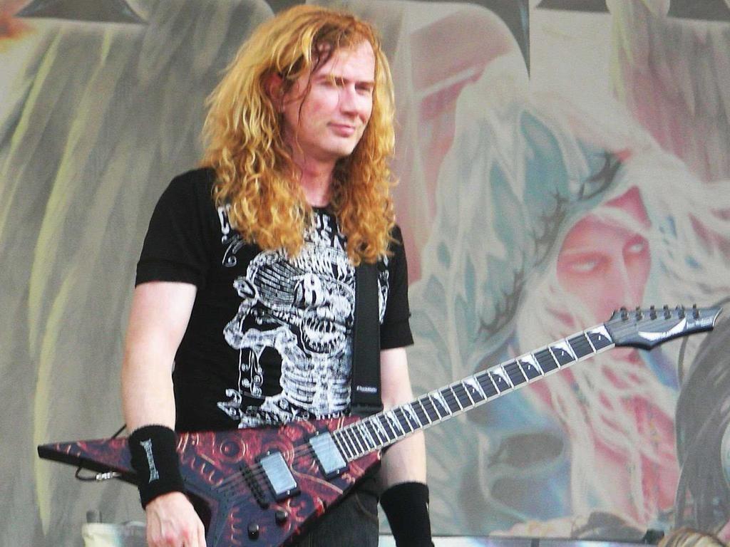 "Quarter Rock Press on Twitter: ""¡Feliz cumpleaños Dave Mustaine! Hoy cumple 54 años el histórico líder y vocalista de Megadeth http://t.co/ps4qZx2DH2 http://t.co/9xaP4FiOxP"""