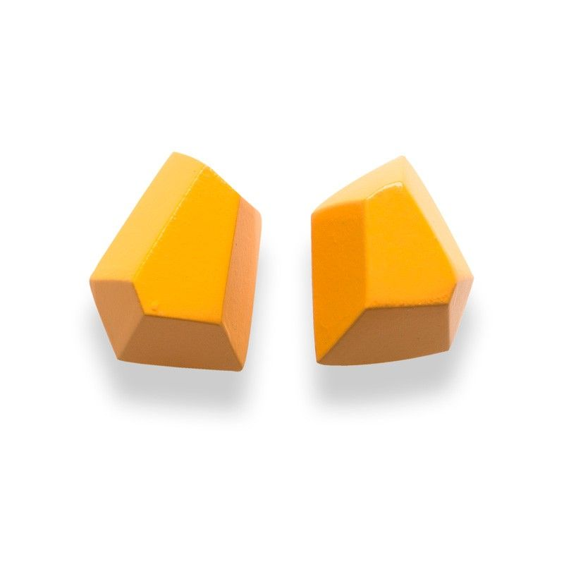 Faceted Diamond stud, single colour, hypoallergenic, yellow