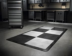 Gladiator Floor Pack Trimable Tiles That Snap Together Allowing You To Create Patterns