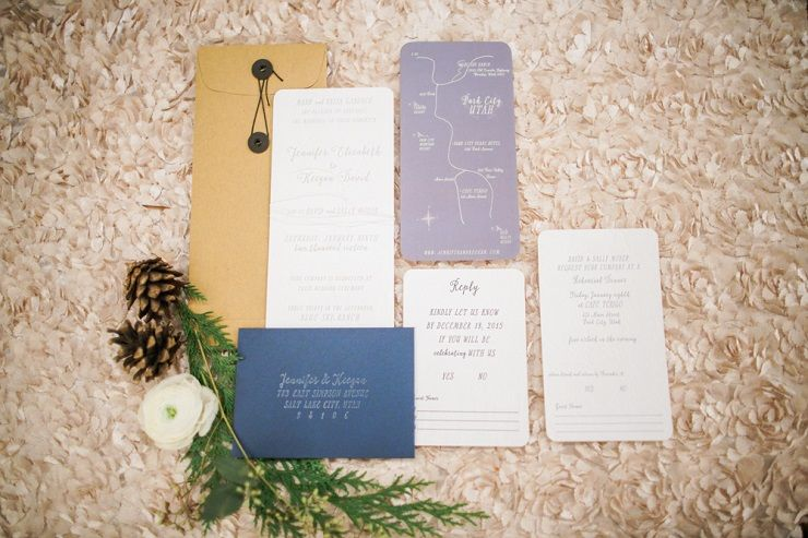 Winter wedding stationery ideas | fabmood.com