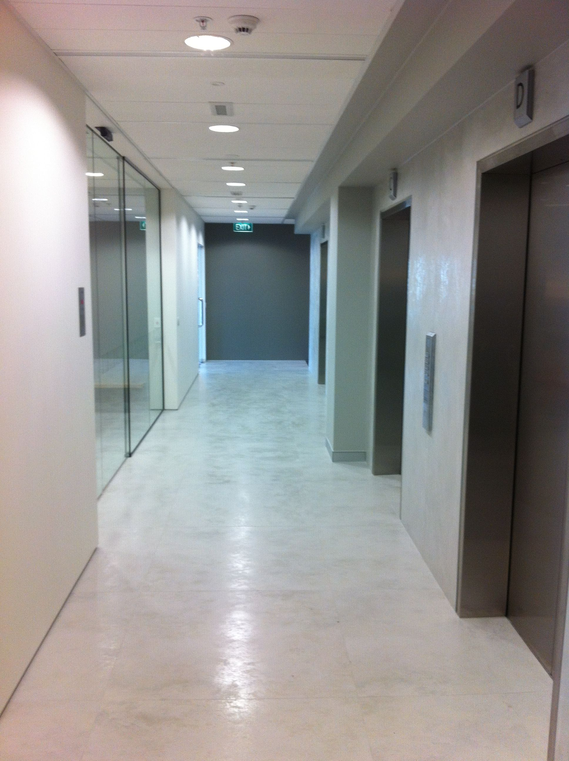 Laminam - Thin ceramic tiles for floors, walls and exteriors ...