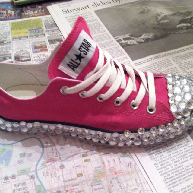 Bedazzled converse. Pink. Shoes