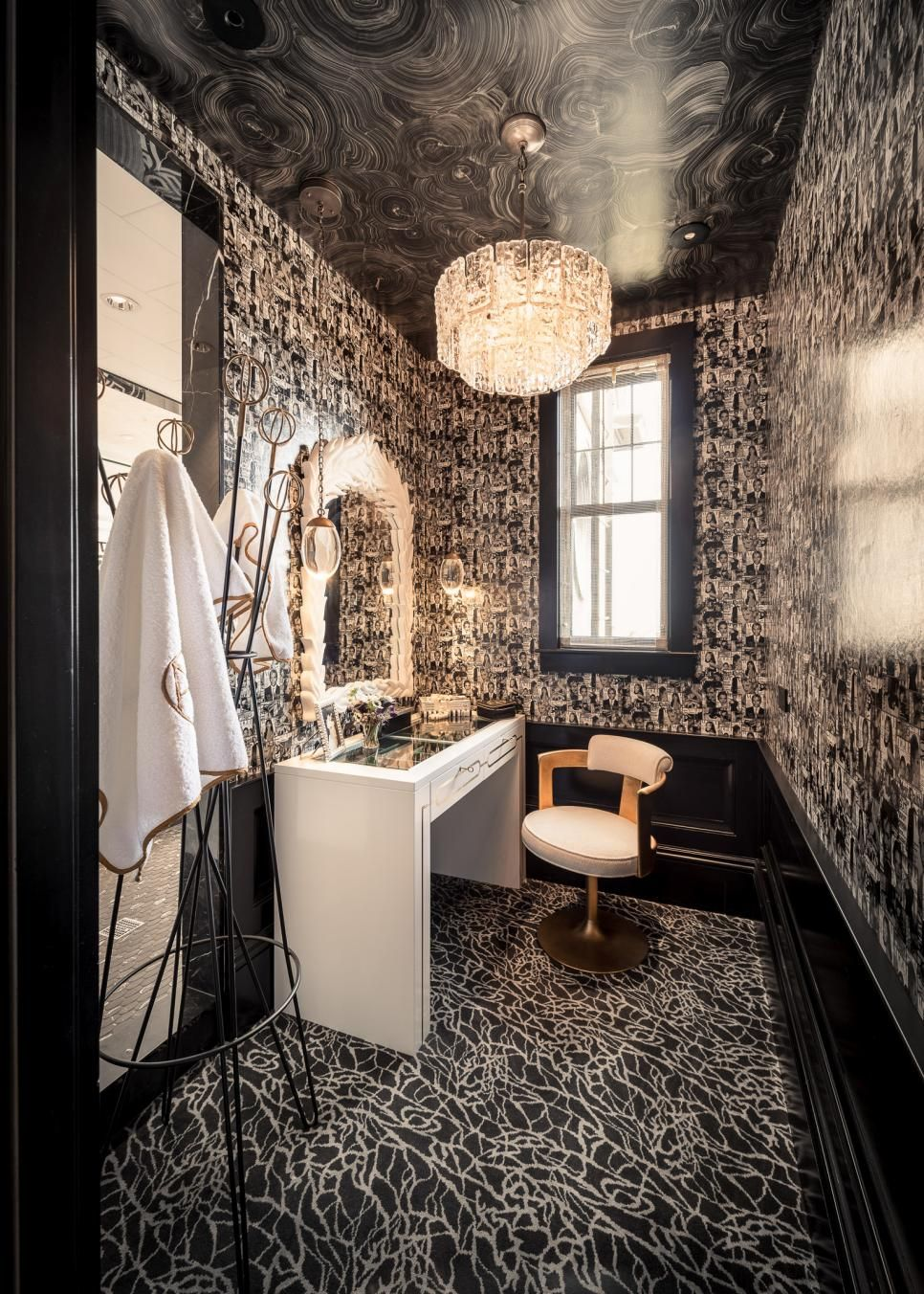 Popular Interior Design For Tv Showcase: Peek Inside The San Francisco Decorator Showcase 2015