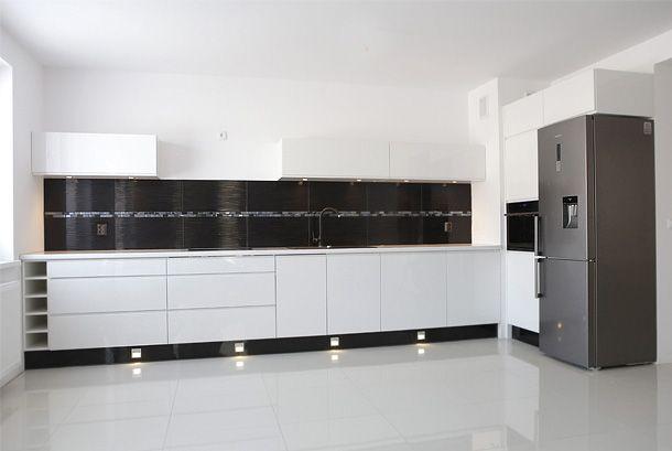 Kuchnia Nowoczesna Bialy Polysk Kitchen Cabinets Home Home Decor