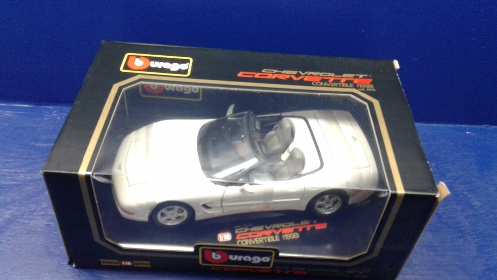Burago 1:18 Die Cast Red 1998 Chevrolet Corvette-Diamonds Series Cod. 3076- New #Burago #Chevrolet