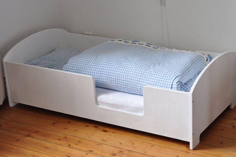 kinderbett kostenloser versand von auf inspiration kinder pinterest. Black Bedroom Furniture Sets. Home Design Ideas