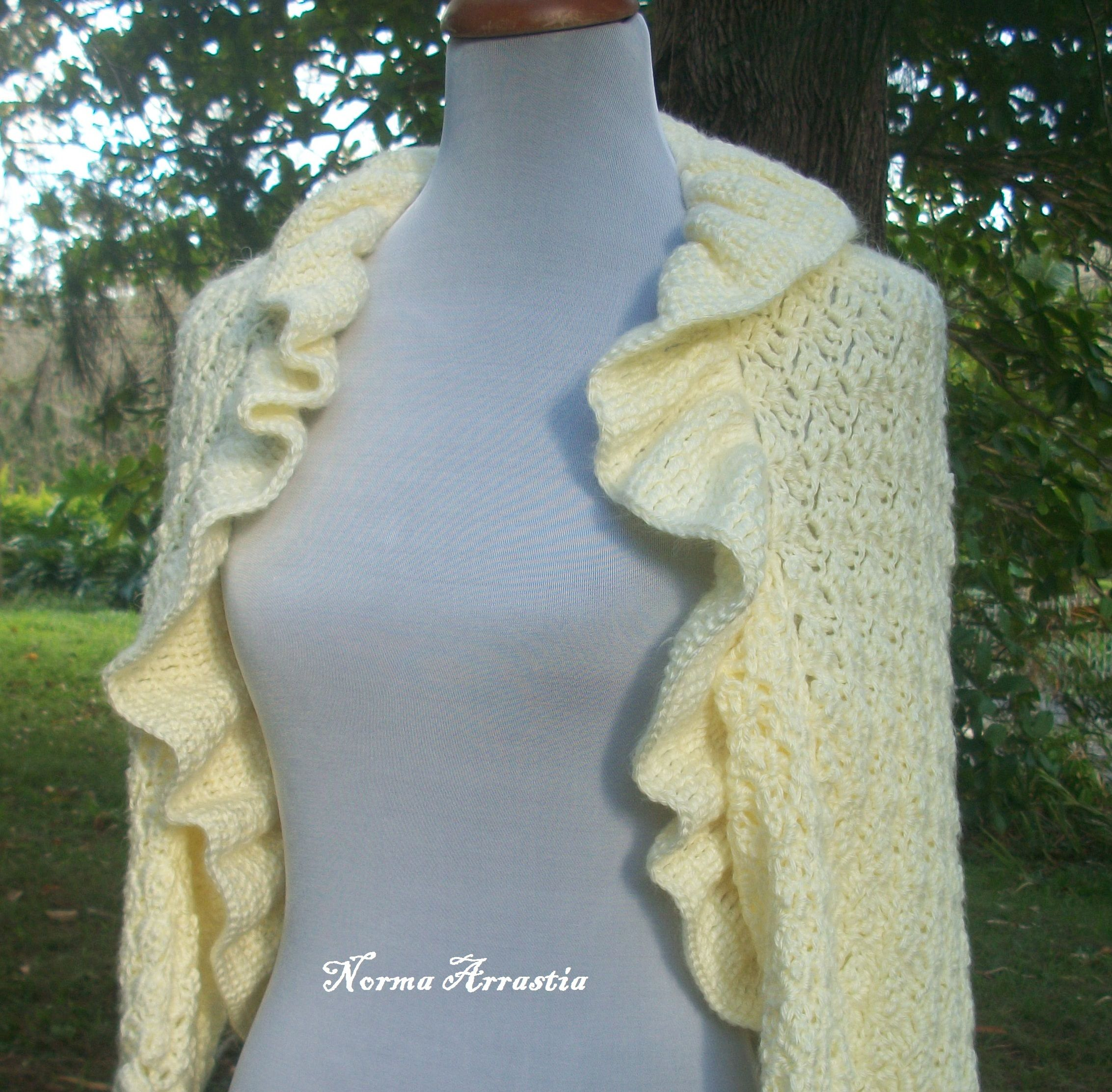 By Norma Arrastia :: Mayim Lace
