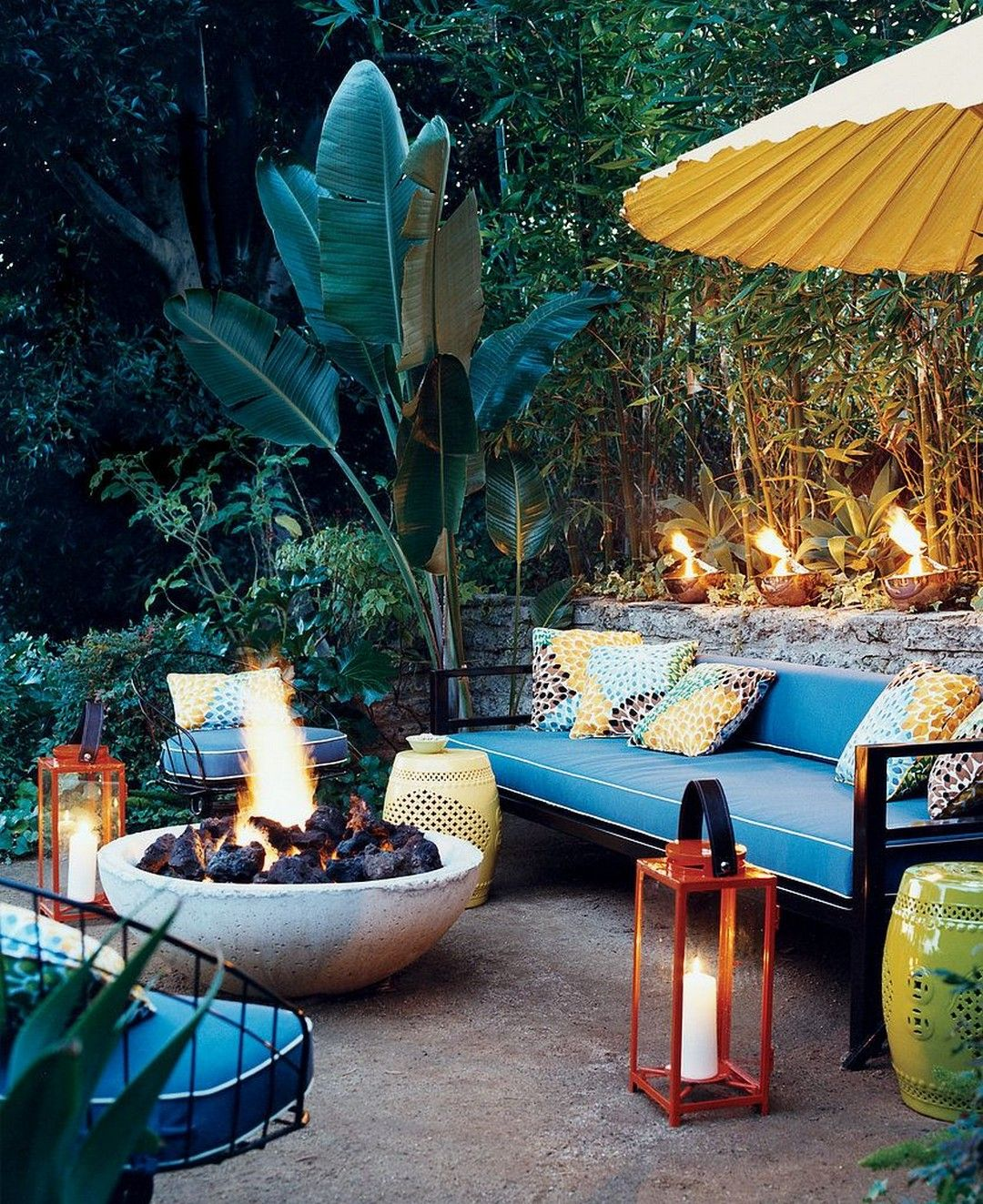 Gorgeous Patio Moroccan Themed Room