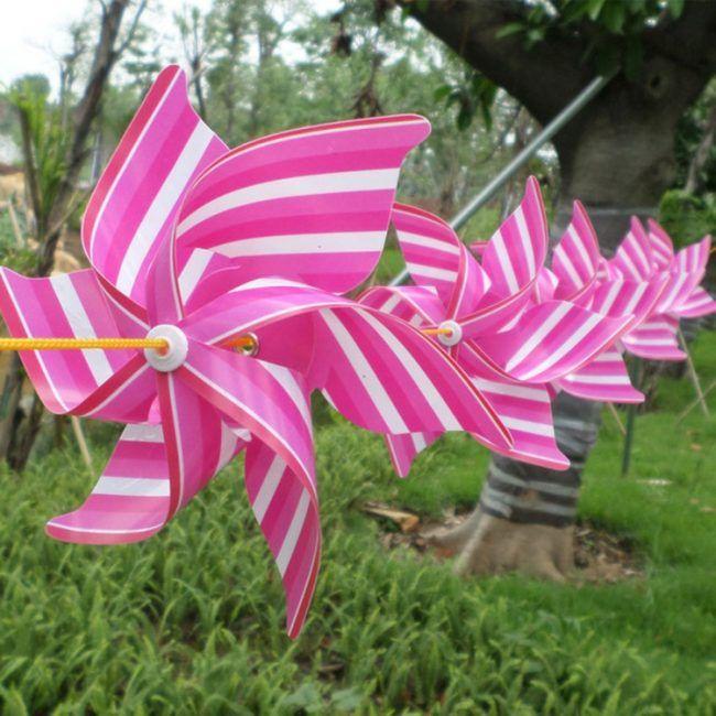 windrad-basteln-ideen-plastik-pink-weiß-streifen-garten-party-deko - deko garten basteln