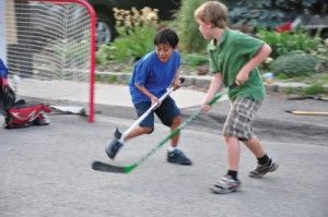 Kids Playing Sth 300x199 Jpg 300 199 Street Hockey Sports Happy Images