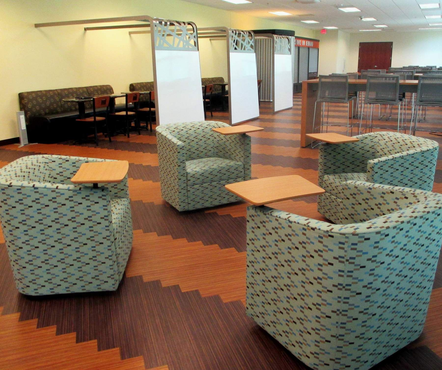 City Of Charleston Sitting Area With Tablet Armed Chairs   Herald Office  Solutions Columbia, SC
