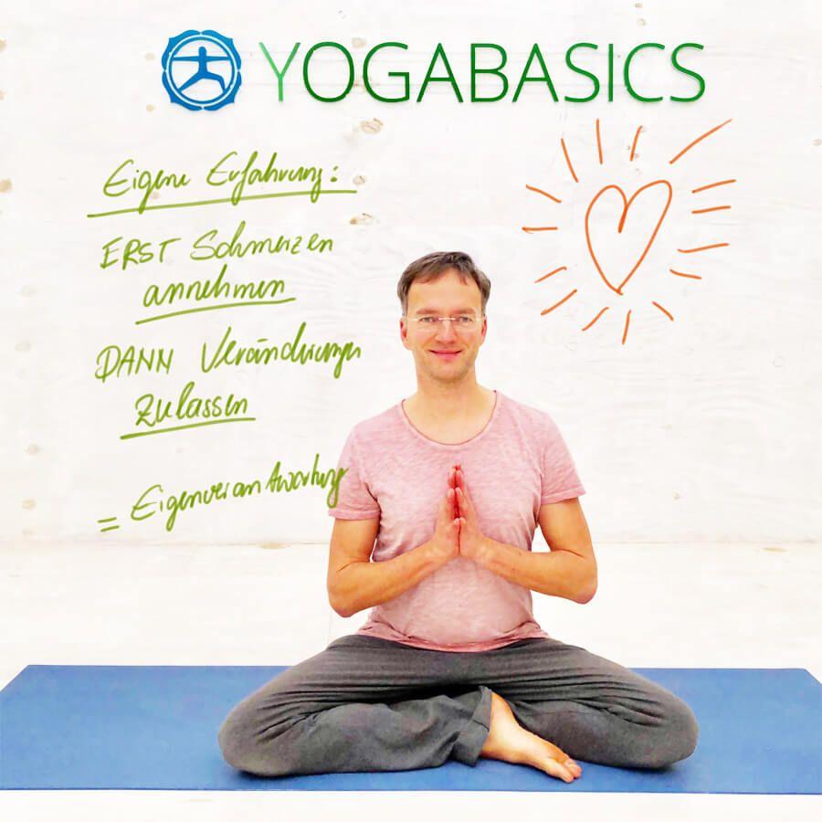 Rückenschmerzen unterer Rücken - 4 Yoga-Übungen die dir..