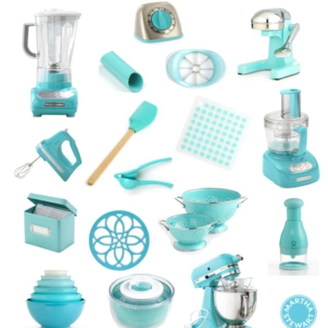 Perfect Tiffany Blue Kitchen Decor