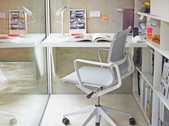 Vitra - Physix office swivel chair and conference chair
