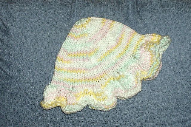 http://www.ravelry.com/patterns/library/on-the-sunny-side