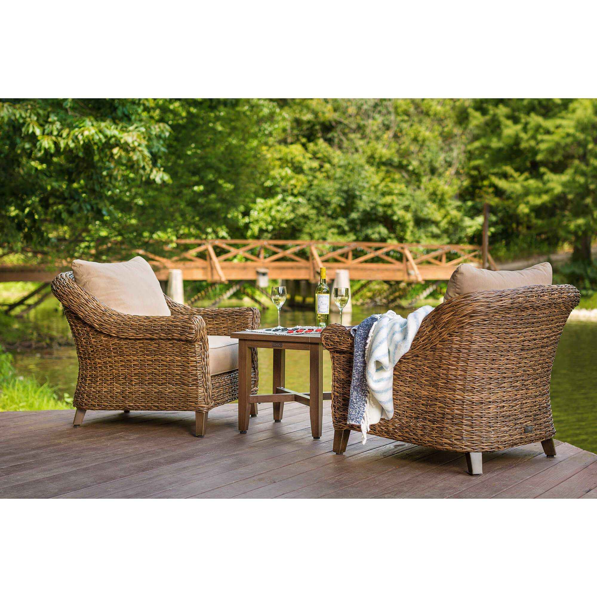 Terrific Bahamas Lounge Chair Low Country Home Resin Wicker Patio Dailytribune Chair Design For Home Dailytribuneorg