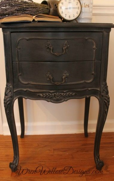 How To Use Amy Howard At Home S Dust Of Ages Looks Spectacular On Dark Painted Furniture