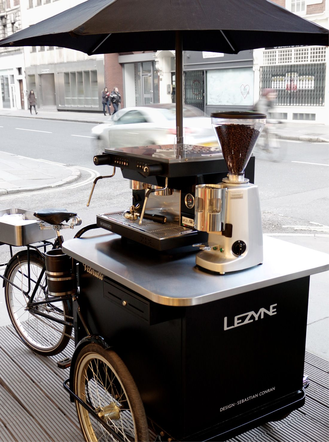 Velorution sebastian conran associates lovely places for Coffee cart design