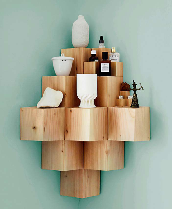 Etagère de cubes de bois brut diy ou comment rendre un coin de pièce
