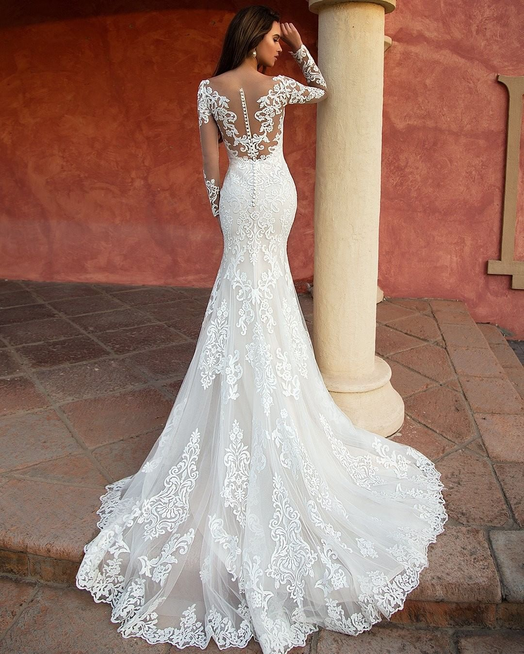 Gorgeous White Mermaid Wedding Dress Long Sleeves Lace Appliques Scoop Neck Court Train Illusion Handmade Bridal Gowns
