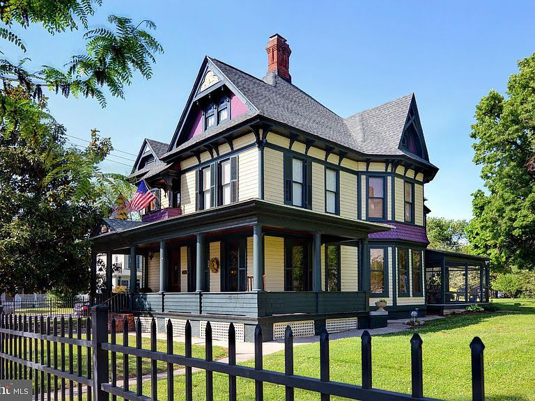 1882 victorian in cambridge maryland fantasy house old