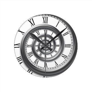 horloge murale en spirale romaine steampunk tatouage horloge tatouage montre et tatouage. Black Bedroom Furniture Sets. Home Design Ideas