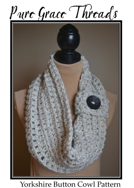 CROCHET PATTERN: Yorkshire Button Cowl | Lana y Collares