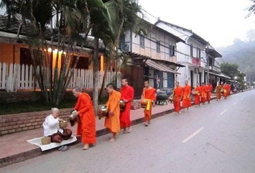 Trong những chuyến du lịch ngắn ngày, thậm chí là trong một ngày đến với đất nước Lào. Bạn có thể khám phá được những đâu, đến với cố đo Luang Prabang