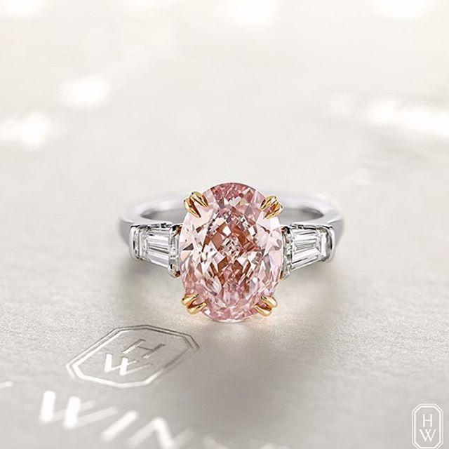 Maria Elena Cacace On Instagram Beautiful Rare Pink Diamond From Harrywinston Jewellery Diam Pink Diamond Ring Pink Diamond Pear Diamond Engagement Ring