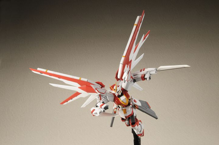 [Appendix in Hobby Japan October issue] HGCE 1/144 Freedom Gundam Custom Kit: REVIEW by Hobby Japan + Other Images, Info Release! http://www.gunjap.net/site/?p=265437