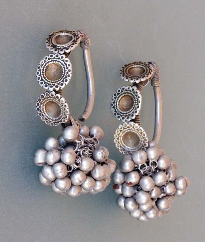 India | Earrings (boda) from Rajasthan | Silver with traces of ...