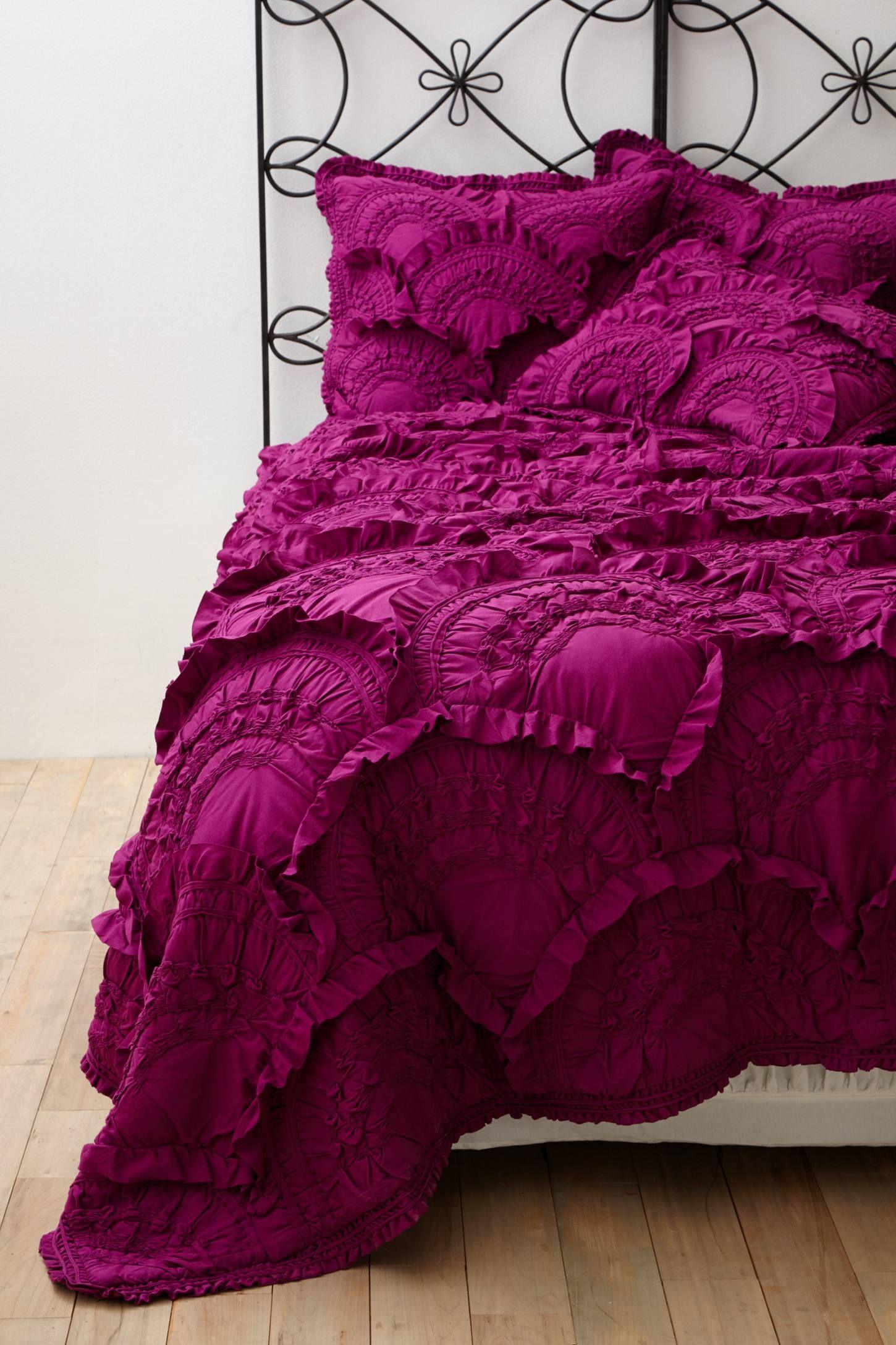 31 Fuschia Room Ideas Fuschia Hot Pink Bedroom Decor Hot Pink Bedrooms