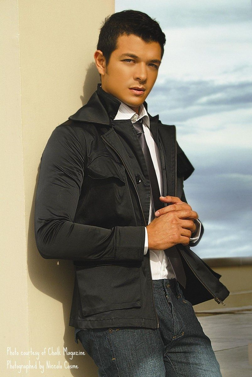 Jericho Rosales Philippino Actor What A Hunk