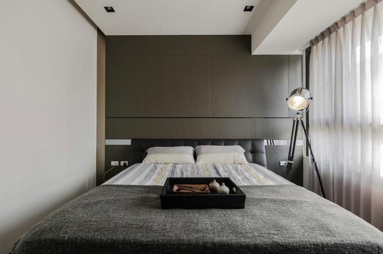 idee-arredamento-minimalista-zona-notte-parete-grigia-tende-camera ...
