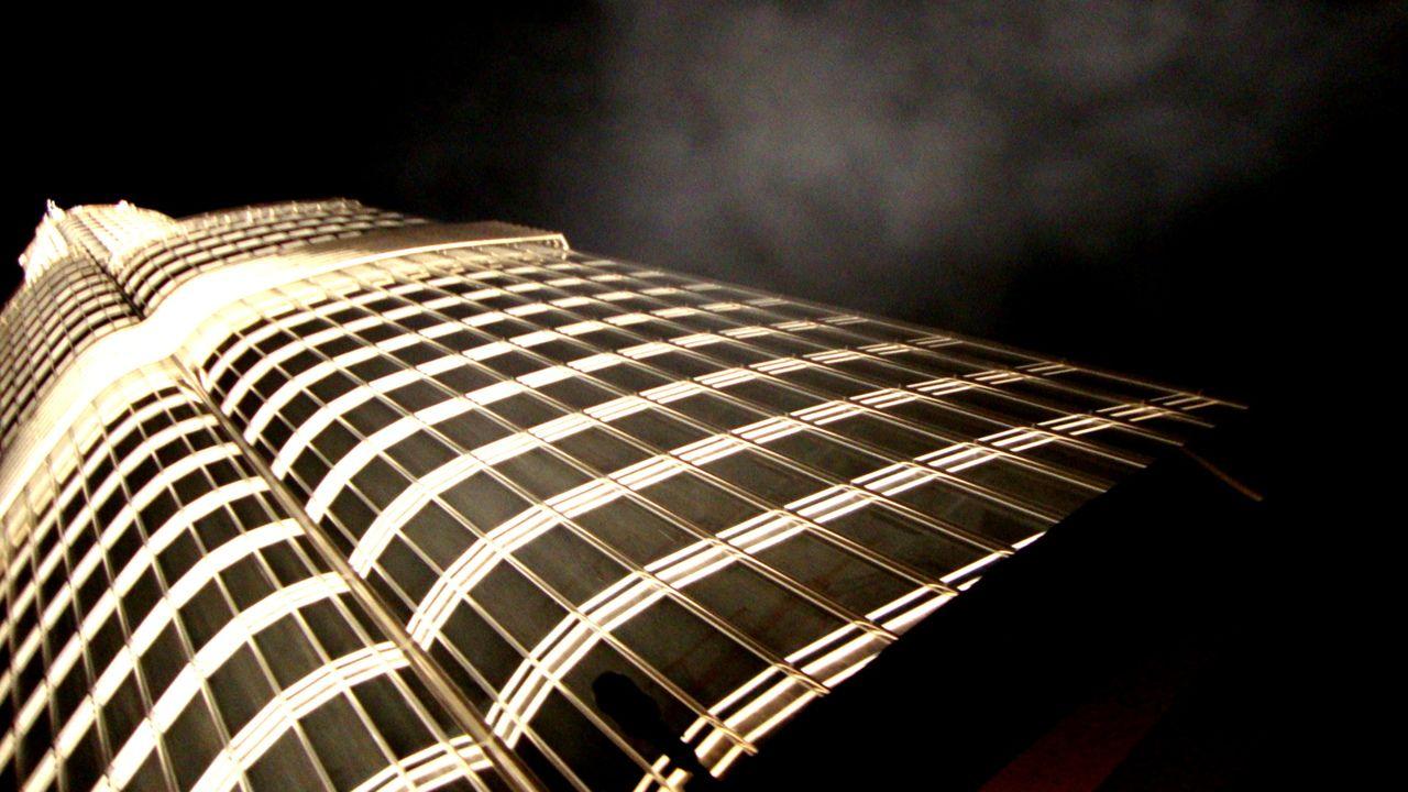 124th floor looking up... Burj Khalifa, Dubai