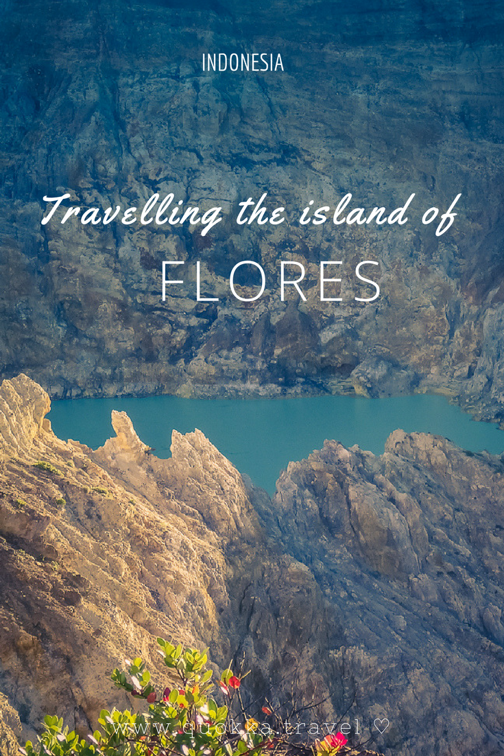 Flores is an Indonesian jewel in the Lesser Sunda islands Archipelago. Flores is an island with active volcanos, coloured crater lakes and stunning beaches. In this article we help you plan your travels to Flores:  Towns and highlights worth visiting, where to stay on Flores, when to travel to Flores, how to get around and how to get to Flores Island. Enjoy ♡