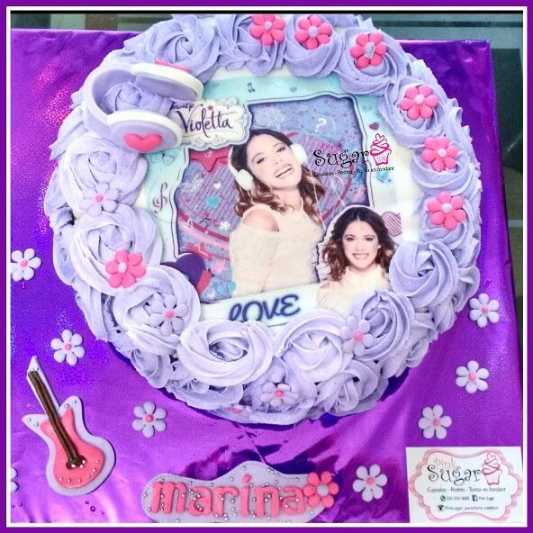 Torta violetta pinksugar #pinksugar #cupcakes  #homemade  #casero  #barranquilla #pasteleria #reposteriacreativa #tortas #fondant #reposteriabarranquilla #happybirthday  #cake #baking  #galletas #cookies  #pinksugar #wedding #buttercream #vainilla #minion #oreo #passionfruit #cupcakesbarranquilla #violetta