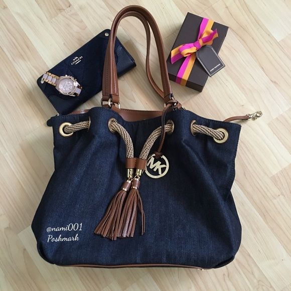 417730504b08 Michael Kors Marina Denim Drawstring Tote Purse This trendy   contemporary  drawstring denim tote from Michael Kors is NO LONGER AVAILABLE AND QUICKLY  SOLD ...