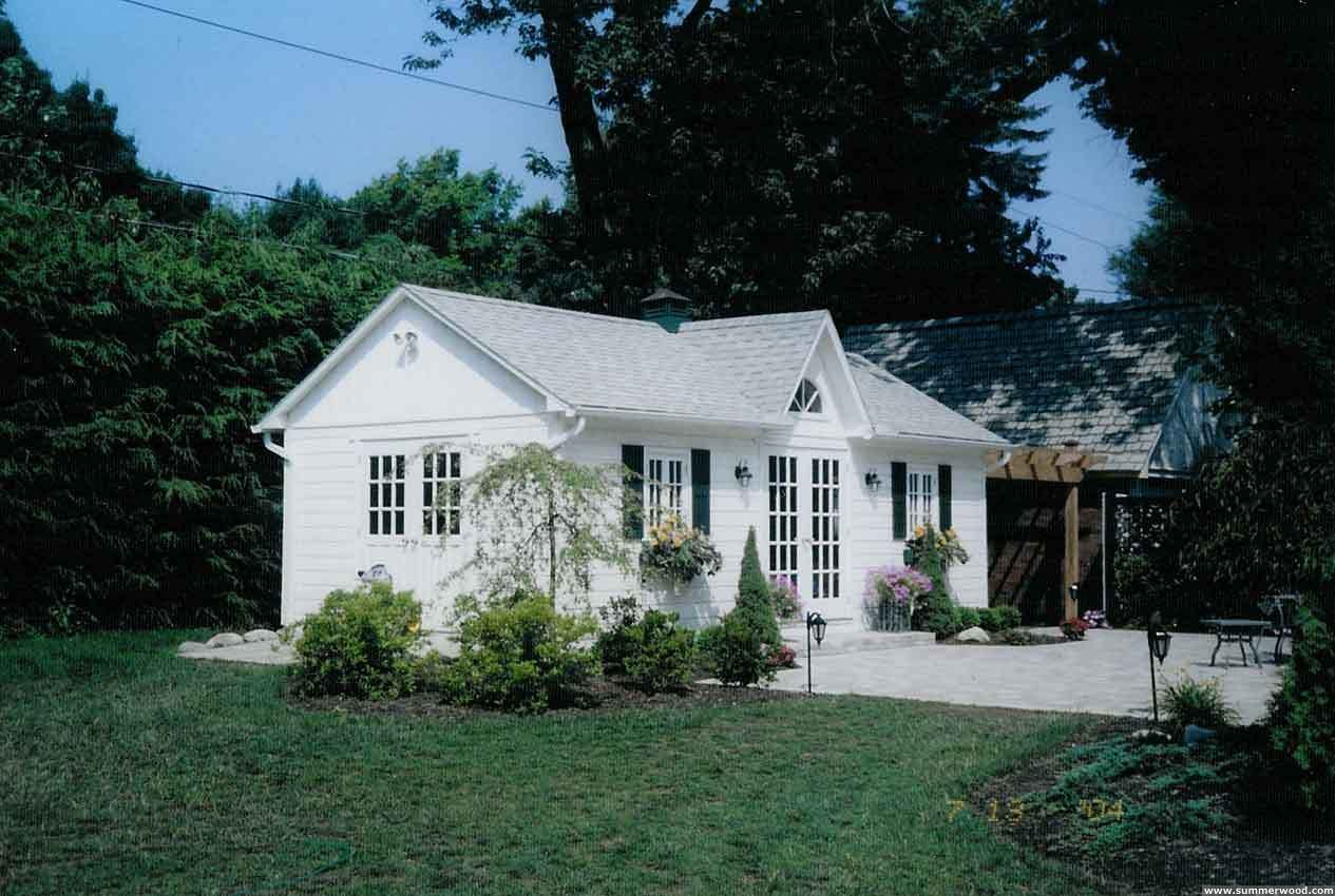 backyard guest house | Just Daydreaming | Colonial cottage ...