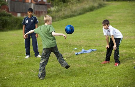 Soccer - Play England is hoping for more Jumper for Goalposts! Who isn't!?