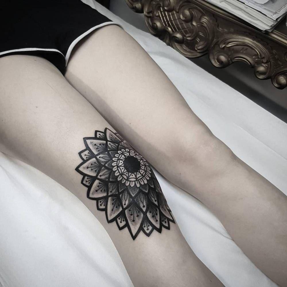 Mandala Tattoo On The Right Knee Tattoo Designs Knee Tattoo