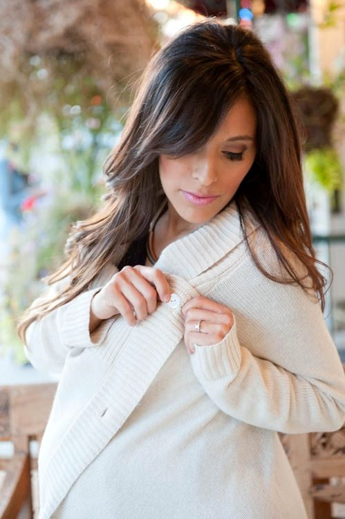 Stay stylish in ultimate comfort. Featuring the Wool & Cashmere Maternity Cardigan from @Seraphine Maternity
