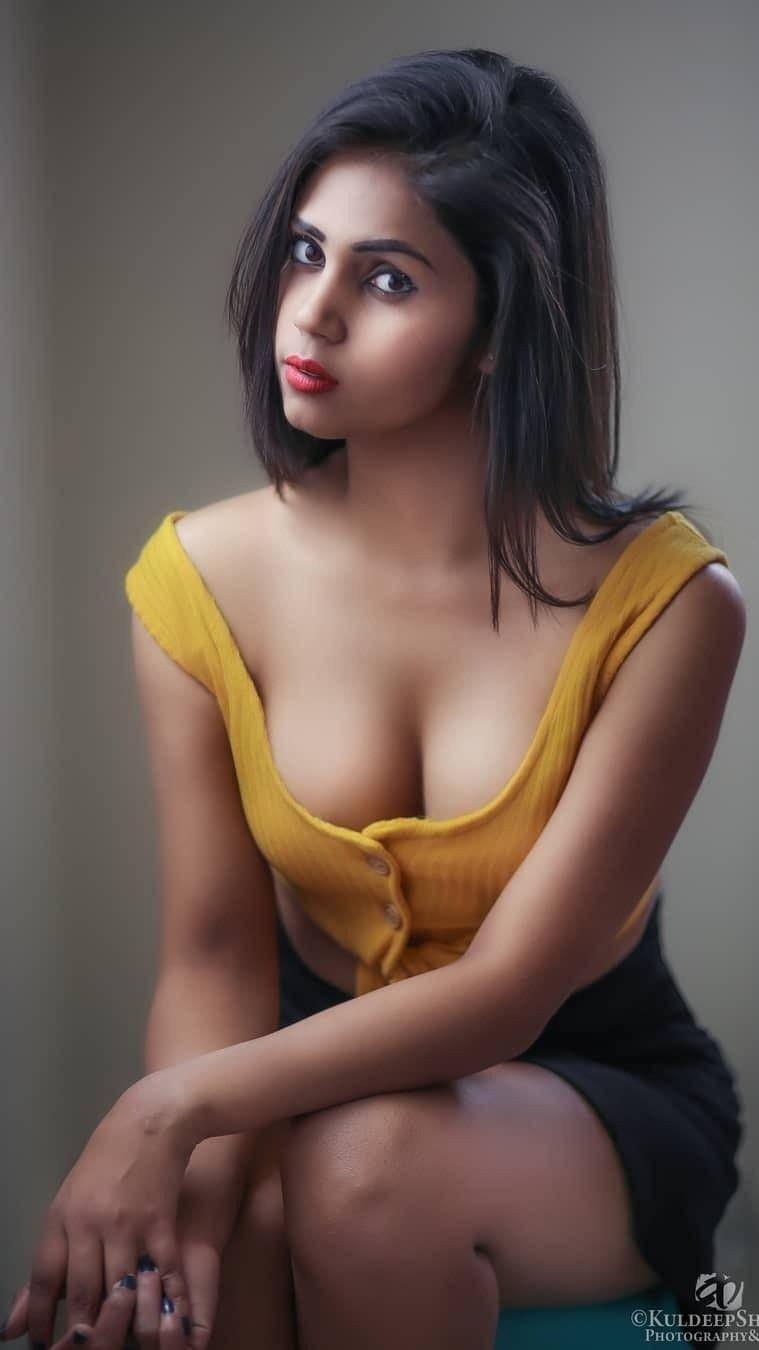 Desi Monika11 - Model page