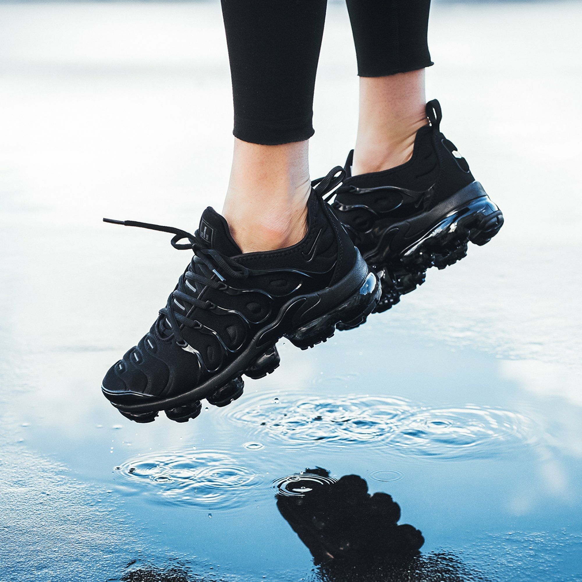 Nike Air Vapormax Plus (With images) | Sneakers men fashion ...
